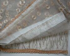 COPPIA di 2 Antiquariato-Gold colore Laced/Tende A Fiori Daisy stile classico