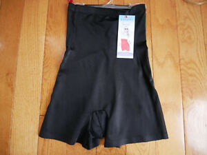 Asset by Spanx Luxe & Lean Scalloped High-Waist Girl Shorts Small NEW Black