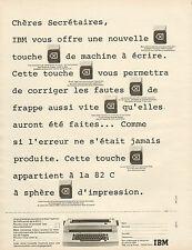 Publicité Advertising 1973  IBM  Machine à écrire Nouvelle touche de correction