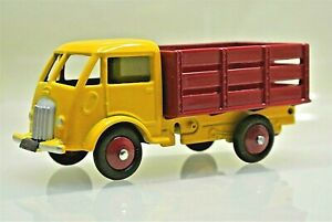 MINT Reproduction Dinky 25A Ford Betaillere Livestock Truck by Norev for Atlas