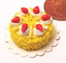 1 / 12th scale torta rotondo con GIALLO glassa DOLL HOUSE miniatura Accessorio T27