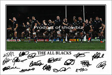 * THE ALL BLACKS  * LARGE SIGNED PHOTO OF THE HAKA. LOOKS GREAT ON THE WALL!!!!