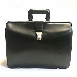 """VINTAGE JOHNSTON & MURPHY LEATHER BRIEFCASE DOCTOR'S BAG 18"""" USA PREOWNED"""