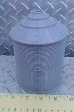 1/64 Silver Grain Bin 5500 bu Ertl Farm Toy Building display standi tank