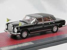Matrix MX41302-062 1967 Mercedes-Benz 300 SEL Landaulet Papamobil Verdeck 1:43