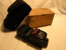 Nikon Speedlight SB-600 Shoe Mount Flash + Stand + Case **Tested Works**
