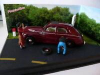 NB11E Voiture 1/43 IXO altaya route bleue diorama Peugeot 203 RN7