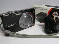 Panasonic Lumix DMC-FS45 16MP 5x Leica Zoom Digital Compact Camera & 4GB SD