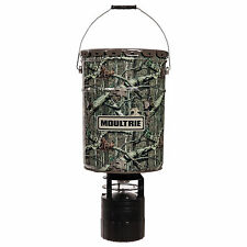 Moultrie 6.5 Gallon Econo Plus Hanging Deer Feeder with Photocell Timer | MFH-EP