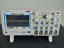 Tektronix Mso2024b Dpo2embd Msomdo Oscilloscope With Emb Bus Module Extras