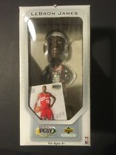 Lebron James 2003 Upper Deck premium Play makers rookie bobble with card