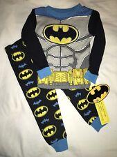 NEW NWT Boys Size 2T Batman Snug Fit Pajamas Pjs Sleepwear Fall Winter