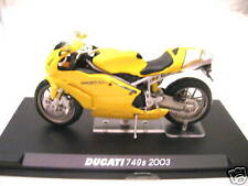 IXO Altaya Ducati 749S 749 S Year 2003 Yellow Yellow Motor Bike 1:24