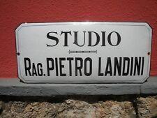 STUDIO RAG. PIETRO LANDINI Tabella SMALTATA Insegna PORCELLANA Targa '70 Vintage