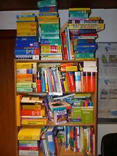 ca. 30 Lexika, Wörterbücher, bei Sofortkauf Bananenkarton voll