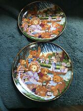 """Set Of 2 """"Teddy Bear Picnic� Franklin Mint By Carol Lawson Y3134 Z6408 Plates"""