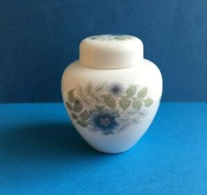 WEDGWOOD   SMALL LIDDED ROUND GINGER JAR  CLEMENTINE PATTERN