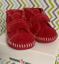 NIB Baby Minnetonka Moccasins Love One Another Rainbow Size 2 FREE SHIPPING