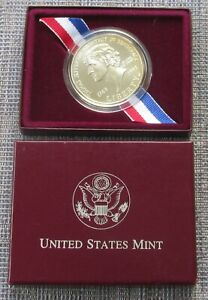 USA  uncirculated silver dollar, 1993, boxed with CoA from US Mint