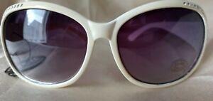 Ladies Oversized Designer Inspired Sunglasses Cats Eyes in White