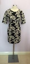 WAREHOUSE BLACK & WHITE FLORAL PRINT SHORT SLEEVE DRESS SIZE 14