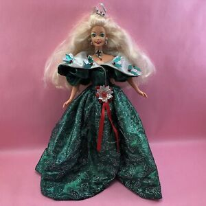 Barbie 1995 Holiday Blonde Doll w Metallic Emerald Green Holly Christmas Dress