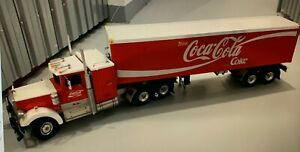 Wedico Freightliner Coca-Cola 3 Achs Truck mit Auflieger