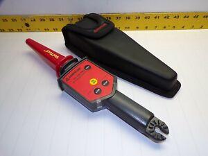 AMPROBE TIC 300 PRO AC VOLTAGE DETECTOR LOW 30-1500 VAC HIGH 1500-122 KVAC