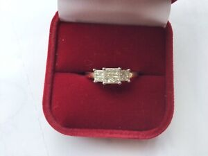 Superb 0.50ct Graduated Princess Cut Diamond Cluster Ring. 9K Gold