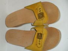 DR. SCHOLL'S Vintage Yellow Leather Wood Sandals Size 9 US