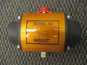 Worcester Controls Series 39 Double Acting Pneumatic Actuator Model 10