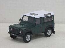 Land Rover Defender 110 in grün/weiß, ohne OVP, Hongwell/Cararama, 1:43