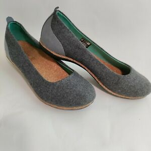 SOLE Women's Size 7W Gray Cork Wedges Slip On Shoes 100% Recycled Wine Corks