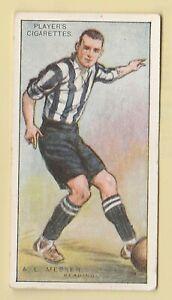 Football John Players Association Footballers 1928-29 #67 A. L. Messer - Reading