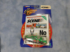 WINNERS CIRCLE BOBBY LABONTE WINSTON CUP SCENE COLLECTION DIE CAST CAR