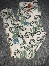 Lularoe Cream Scroll Paisley Vine Leggings OS