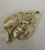 Vintage GERRYS Gold Tone Ribbed Design - Leaf Pin Brooch - Signed Gerry's
