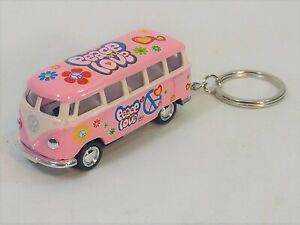 Kinsmart - 1:64 Scale Pink 1962 Volkswagen Bus Keychain (BBKT2546DFKP)