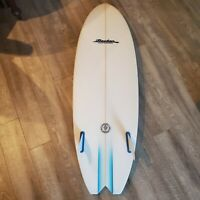 Becker Surfboard Fish 5.8 x 20 5/8 x 2 5/8 35L