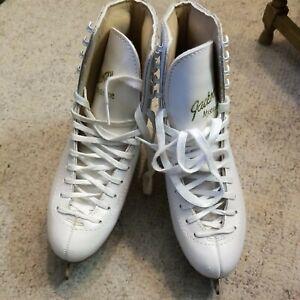 jackson mystique ice skates women's size 9.5 very good condition white