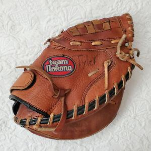 Nokona Catchers Mitt TNCM5 Team Series Softball Baseball Right Hand Throw Youth