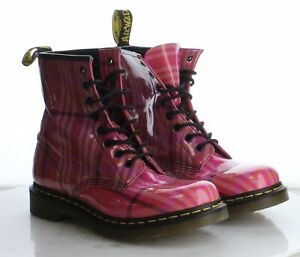 G10 $150 Women's Size 9M Dr. Martens 1460 Combat Boot in Pink Plaid