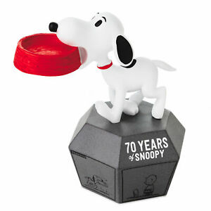 Hallmark Peanuts 70 Years of Snoopy 1960s Limited Edition Figurine New with Tag