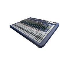 SOUNDCRAFT - SIGNATURE 22