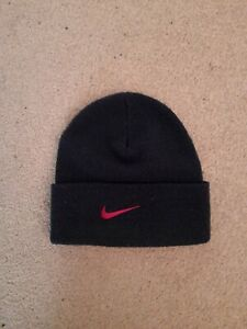 NIKE pull on hat
