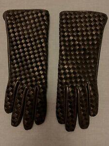 DANIER Style No. D-610924 black leather diamond pattern gloves Size XS £65 NEW