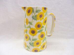 Heron Cross Pottery 2 pint jug in Sunflower design