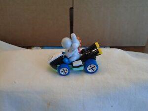 NEW!! - Hot Wheels - Mario Kart - WHITE YOSHI - Mystery Egg