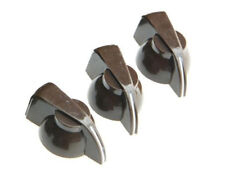 *NEW Set of 3 CHICKEN HEAD POINTER KNOBS for Amps, Pedals + Guitars Brown