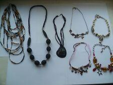 Bijoux fantaisie lot de 9 pièces : 7 colliers et 2 bracelets